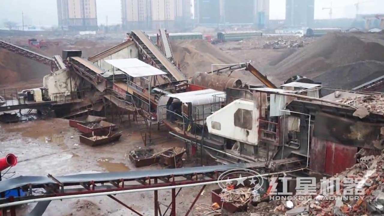 移动式建筑垃圾破碎机作业视频-湖南客户现场