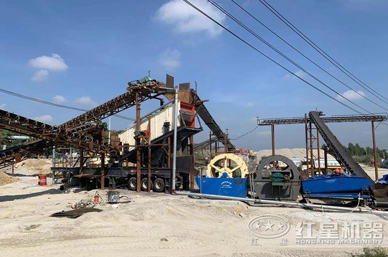 海南客户石头磨沙子生产现场实拍图片