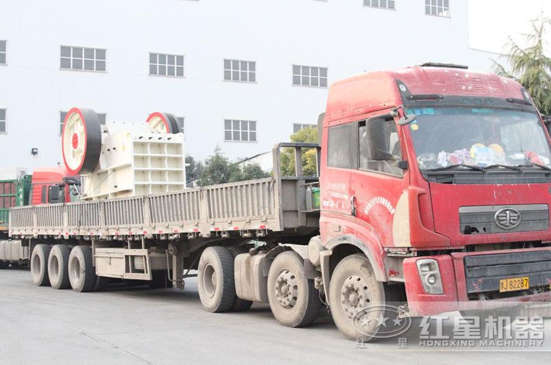 400吨碎石机设备发货