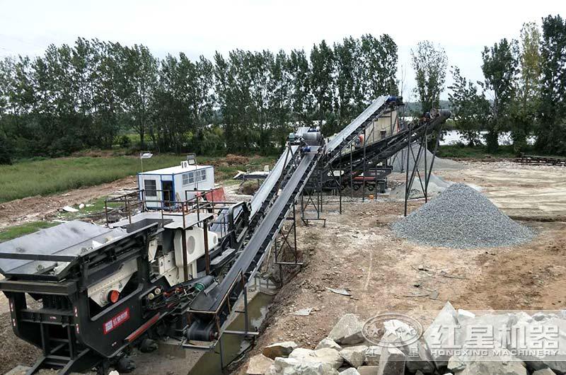 每小时200吨移动式破碎站生产现场