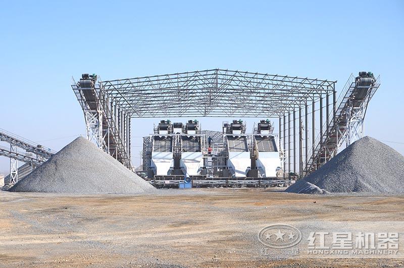 大型碎石生产线现场直拍图