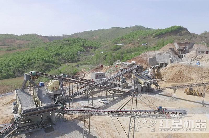 大型碎石生产线作业现场图片