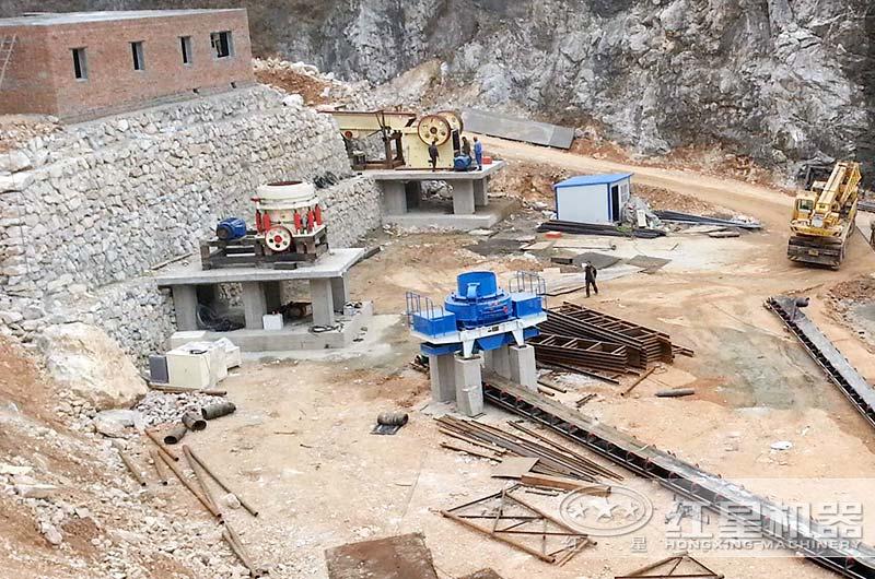 制砂厂相关设备安装进行中