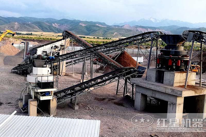 四川某地时产50吨碎石机配置现场