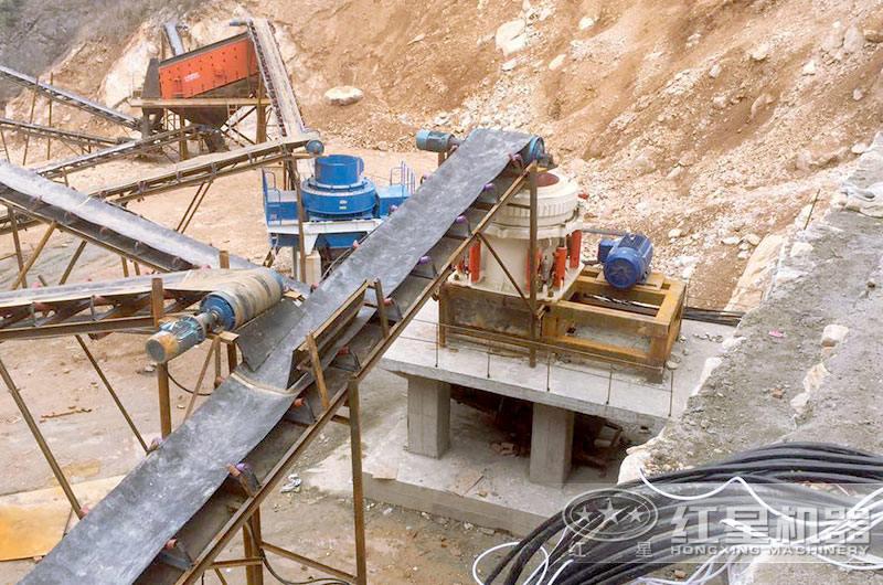 时产200吨石料生产现场