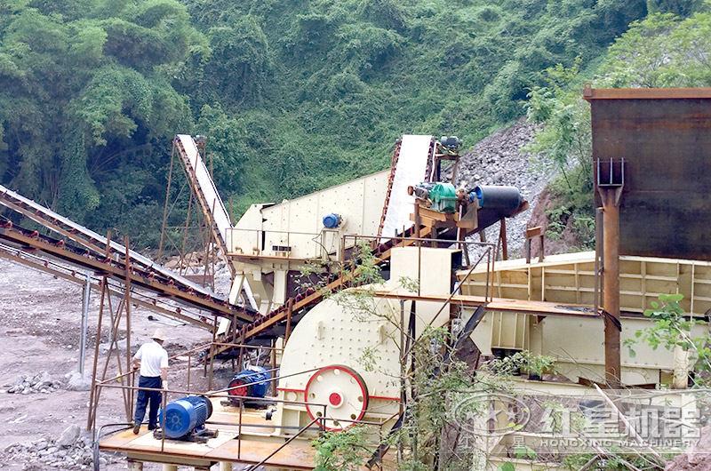 原煤破碎机生产现场