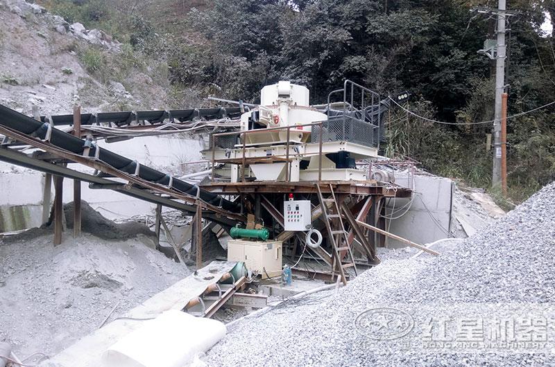 小型磨砂机生产现场