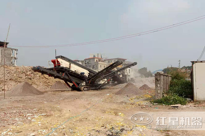建筑废料处理现场