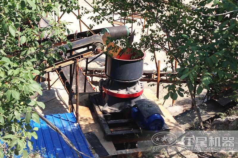 安徽日产六千吨碎石作业现场