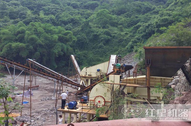 四川日产一万吨碎石作业现场